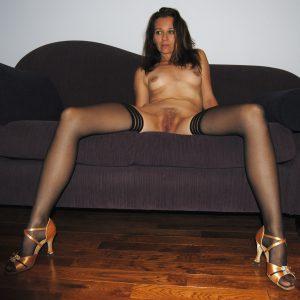 Milf In Nylons Amateur Foto Nackt Beine Breit