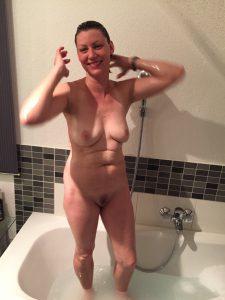 Milf Nackt Duschen Schnappschuss