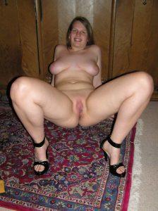 Ramona Macht Die Beine Breit Nacktfoto