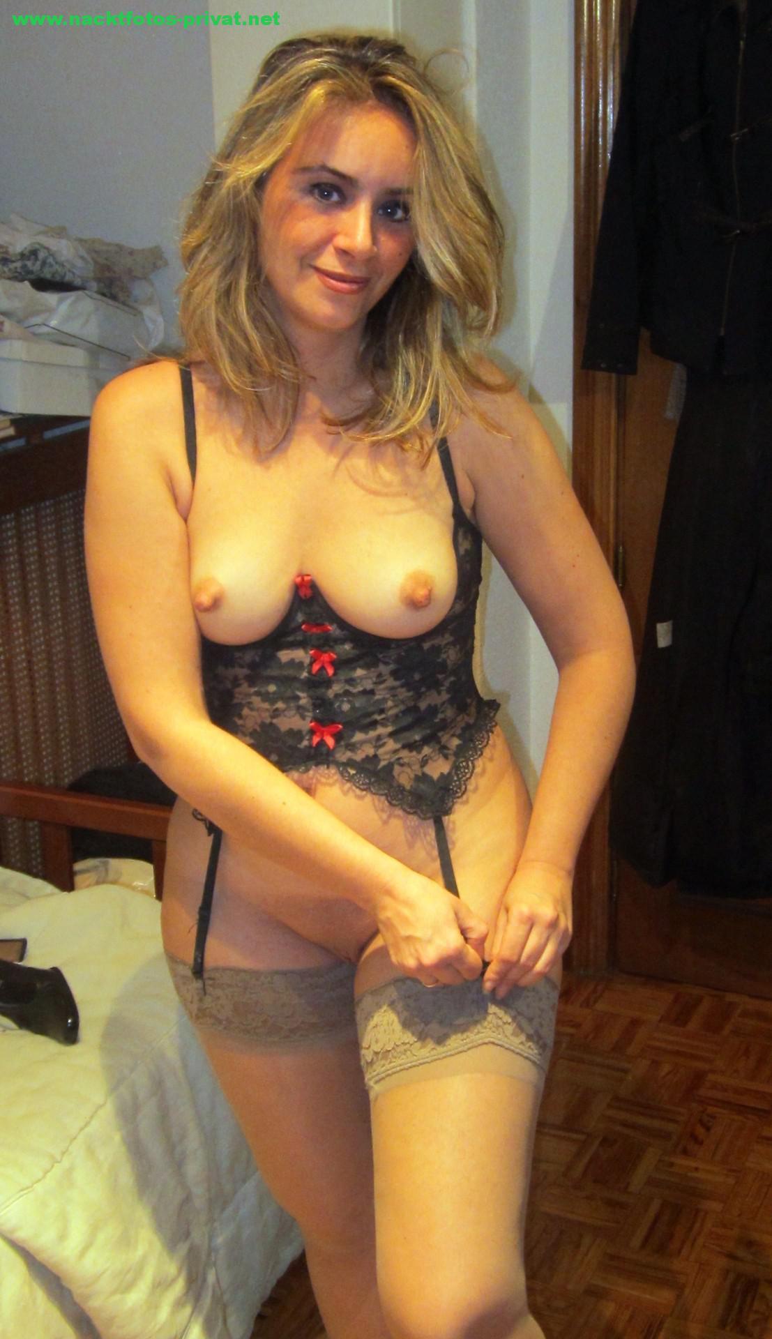 Cougar Nackt