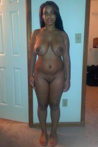 Schwarze Schlampe Nacktfoto