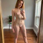 Nacktfoto Selfie Im Wohnzimmer Zeigefreudige Freundin